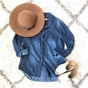 Merona Chambray Oxford Shirt. Size L